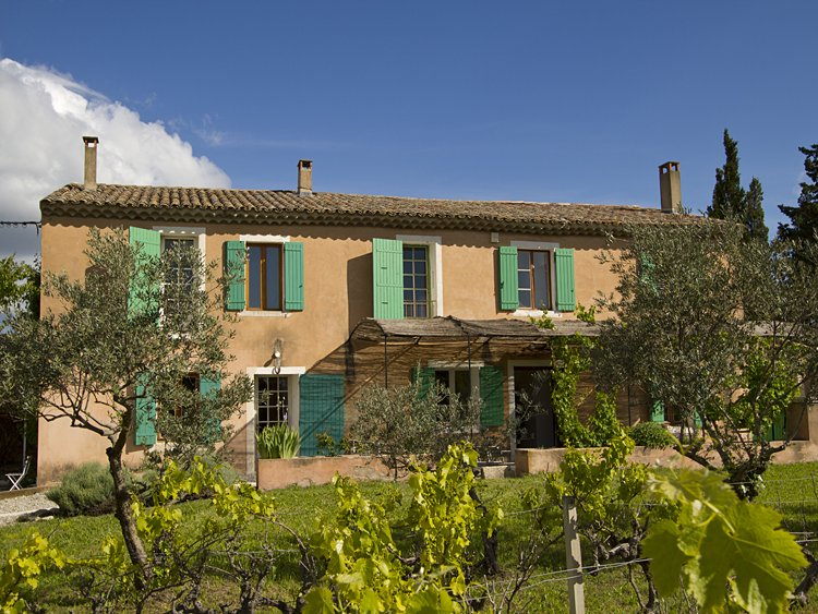 South france holiday house in typical provence style with pool French provence style homes